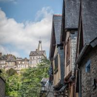 Hôtel particulier Le Mercier de Montigny -Une nuit sur les remparts-