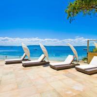 Amarna Luxury Beach Resort, hotel in Nelson Bay