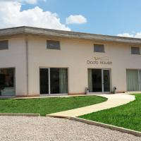 Dodo House, hotel in Nocera Inferiore
