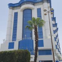 قصر السحاب، فندق في خميس مشيط