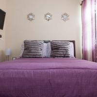 Studio, One and Two Bedroom Apartments - Bronx, hotel Bronxban
