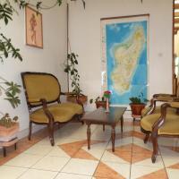 TANA-JACARANDA, отель в Антананариву