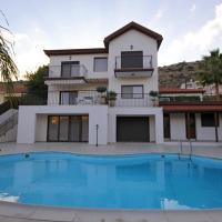 Villa Calluna, hotel in Limassol