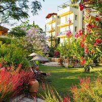 Emel Pension, hotel in Güzelçamlı