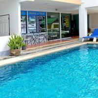 Deng's Kamala Beach Hotel, отель в Камала-Бич