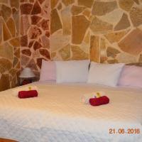 Apartments Zoumperi, hotel in Nea Makri