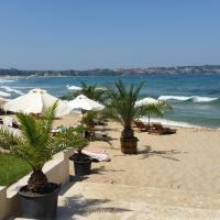 GITEA Sand Lilies Apartments, отель в Созополе