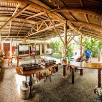Cabinas Tropicales & Corcovado Park Boat Tours