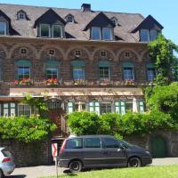 Gästehaus zum Moseltal, Hotel in Ellenz-Poltersdorf