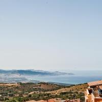 Pala Stiddata Residence Con Piscina, hotell i Trinità d'Agultu