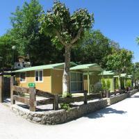 Camping Rio Purón, hotel in San Roque del Acebal