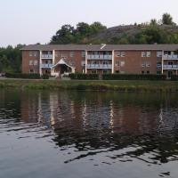 Blind River Apartments, hotel em Blind River
