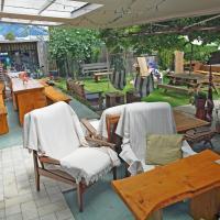 Annies Nirvana Lodge, Golden Bay YHA, viešbutis mieste Takaka