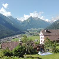Landhaus Birgit, hotel in Telfes im Stubai