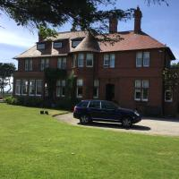 Sandhill House, hotel in Troon