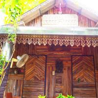 Three J Guesthouse, hotel in Kamphaeng Phet