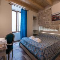 B&B ANTICO GRANAIO, hotel in Bisceglie