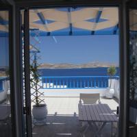 Villa Meltemi, hotel in Irakleia