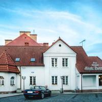 Dom Goscinny Bialy Dworek, hotel in Człuchów