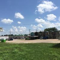 Gray Plaza Motel, Marion IL