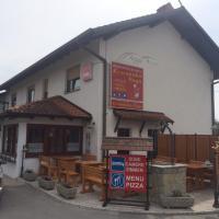 Guest house Okrepčevalnica Zemonska vaga, hotel in Ilirska Bistrica