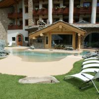 Eco Wellness Hotel Notre Maison, hotell i Cogne