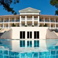 Отель Imperial & Champagne SPA, отель в Абрау-Дюрсо