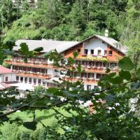 Hotel Alpenrose, hotel in Alleghe