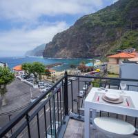 Oliveira's Apartments - Madeira Island, hôtel à Ponta Delgada