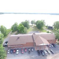 Stoco Lake Lodge