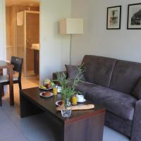 Residence Services Calypso Calanques Plage, hotel in Borely-Bonneveine, Marseille