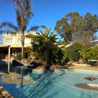 Madison Spa Motel - Adults Only, hotel in Moama