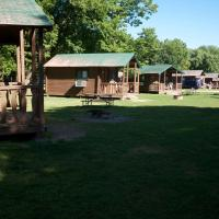 Fremont Jellystone Park Cabin 9