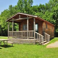 Fremont Jellystone Park Cottage 43