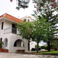 Garden House Alla Torre, hotel a Isola delle Femmine