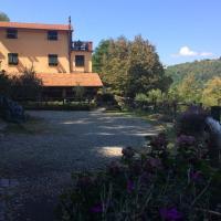 La Taverna Del Nonno, hotel in Borzonasca
