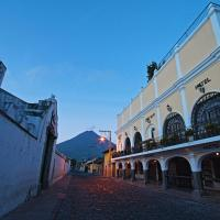 Hotel La Sin Ventura, hôtel à Antigua Guatemala