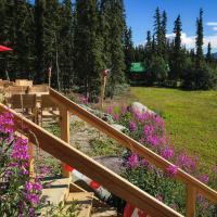 Southern Lakes Resort, hotel em Tagish
