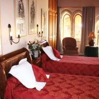 L'Ancienne Auberge、Puycelciのホテル