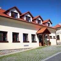 Penzion U Rudolfů, hotel v destinaci Vlasenice