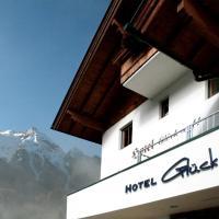 Hotel Garni Glück Auf, hotel in Mayrhofen