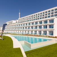 Grand Luxor Hotel - Aqualandia & Mundomar Included