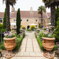 Greenhills Country Hotel, hotel near Jersey Airport - JER, Saint Peters