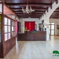 Complejo Turístico Rural Nazaret De Moguer, hotel en Moguer