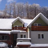 Apartmánový dom Bellevue, hotel in Vyhne