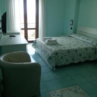 Albergo Riccio, hotel in Marina di Camerota