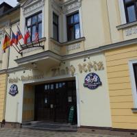 Hotel Zlatý Kříž, отель в Теплице