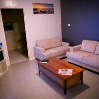 Cave Place Units, hotel in Coober Pedy