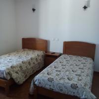 A Casa, hotel Portelben