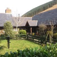 Clarisses Cottage, hotel in Laragh
